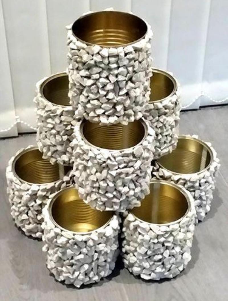 Какие штуки можно соорудить из жестяных банок из-под горошка и кукурузы