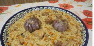 Узбекский плов со свининой в казане
