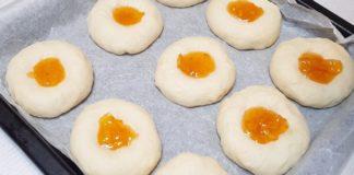 Образцовый рецепт воздушных булочек с повидлом прямиком из школьной столовой