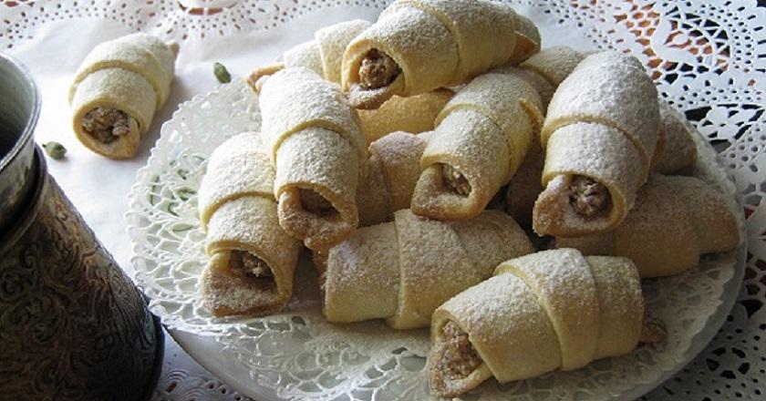 Как приготовить бакинские мутаки. Вкусные рогалики с необычной начинкой.