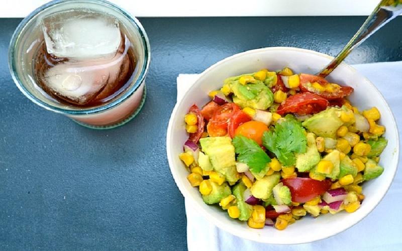 Авокадный рай: самые нежные салаты с полезным фруктом