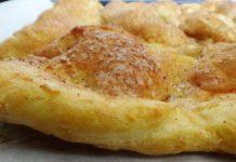 Как приготовить лепешки с яблоками на противне