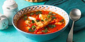 Острый рыбный суп
