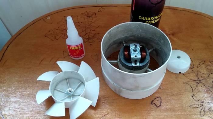 Простой совет, который позволит сократить шум от вентилятора в санузле