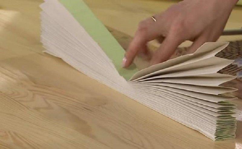 Как превратить рулон обоев в произведение искусства