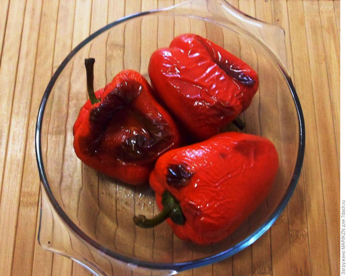 Печеный болгарский перец в ароматной заправке