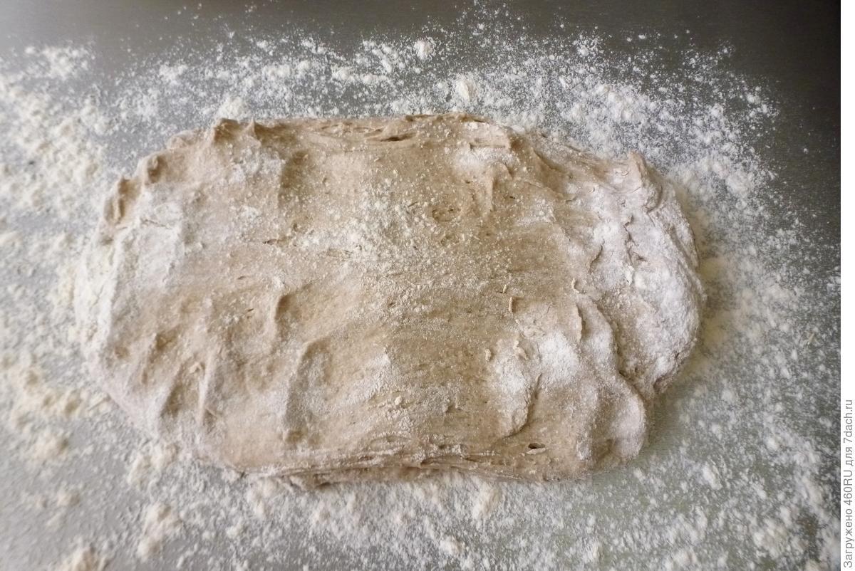Серый хлеб ночного брожения