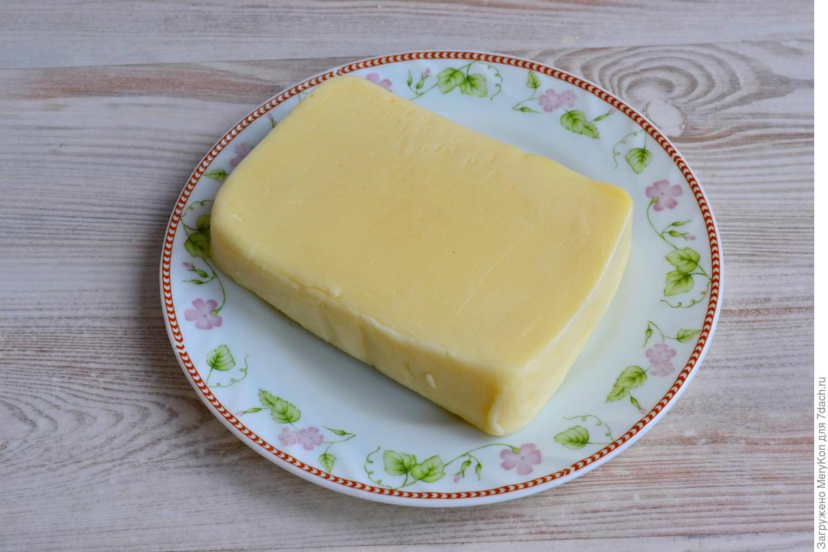 Открытый пирог (киш) с курицей, зеленью и сыром