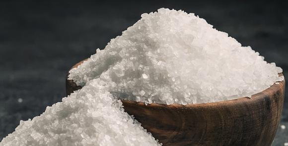 Соль крупная – в чем отличие от других видов соли, есть ли польза?