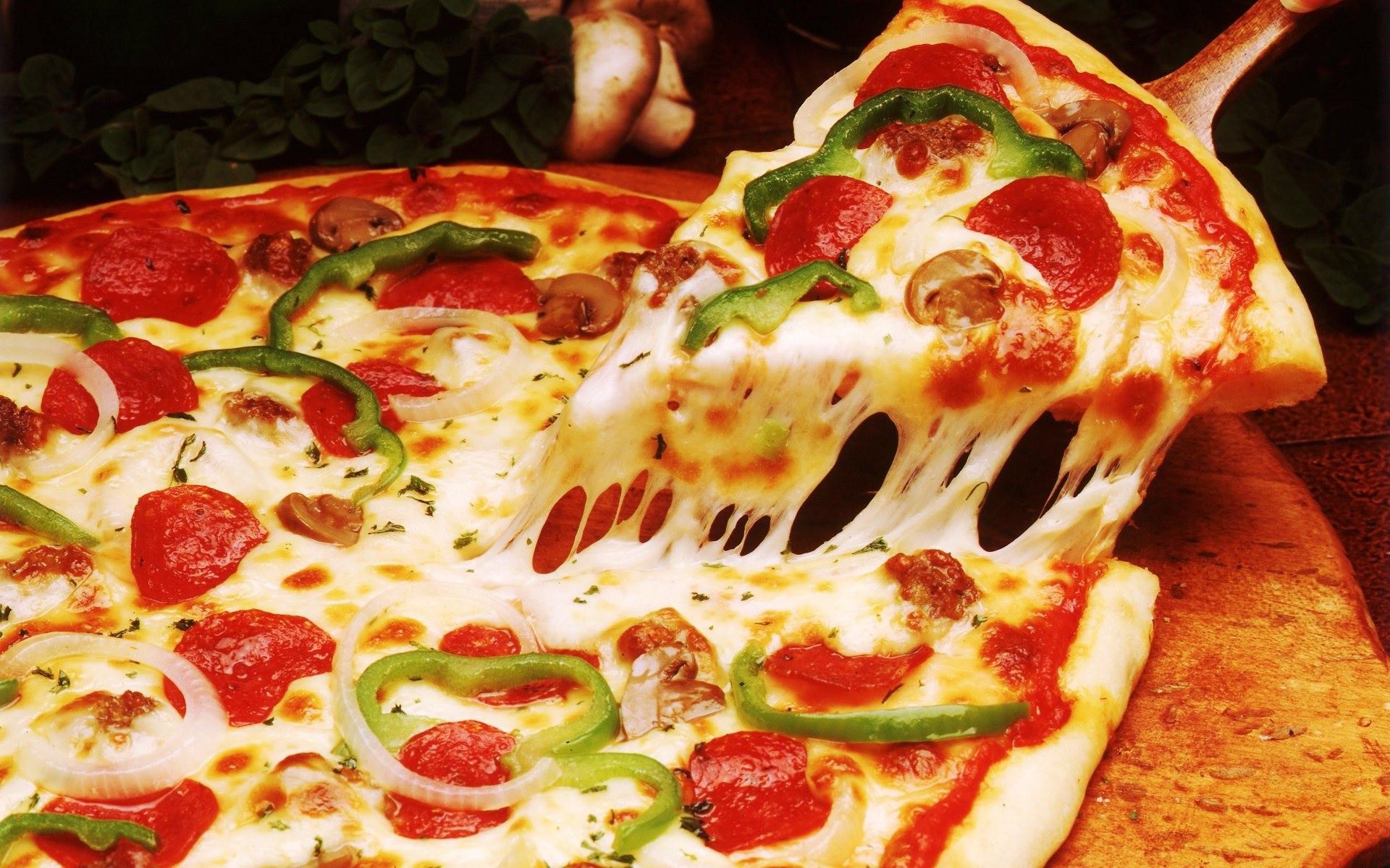 Пицца с доставкой на дом: вкусно поесть теперь не проблема
